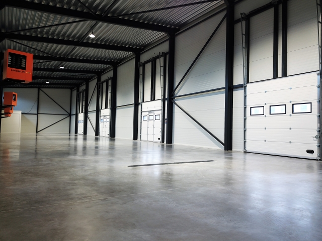 INDUSTRIAL CONCRETE FLOORING HARDENER SYSTEMS